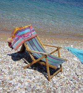 deck-chair-2-1408981-1279x1434
